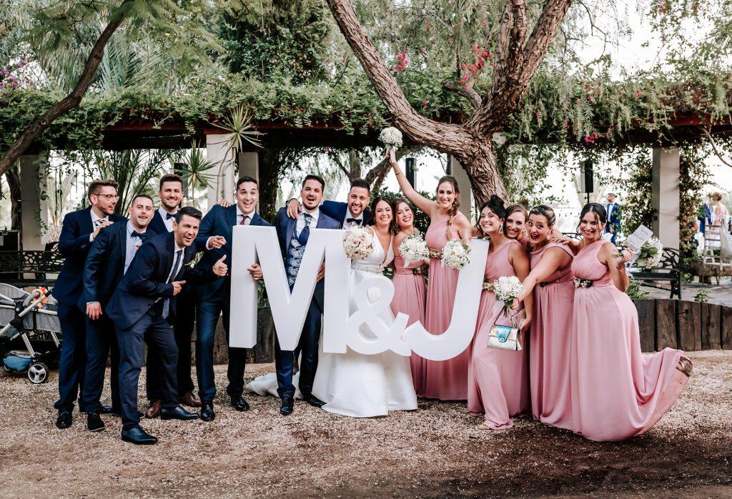 amigos de los novios letras de la boda